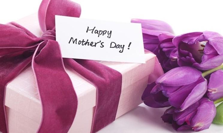 Frasi Auguri Festa della Mamma messaggi