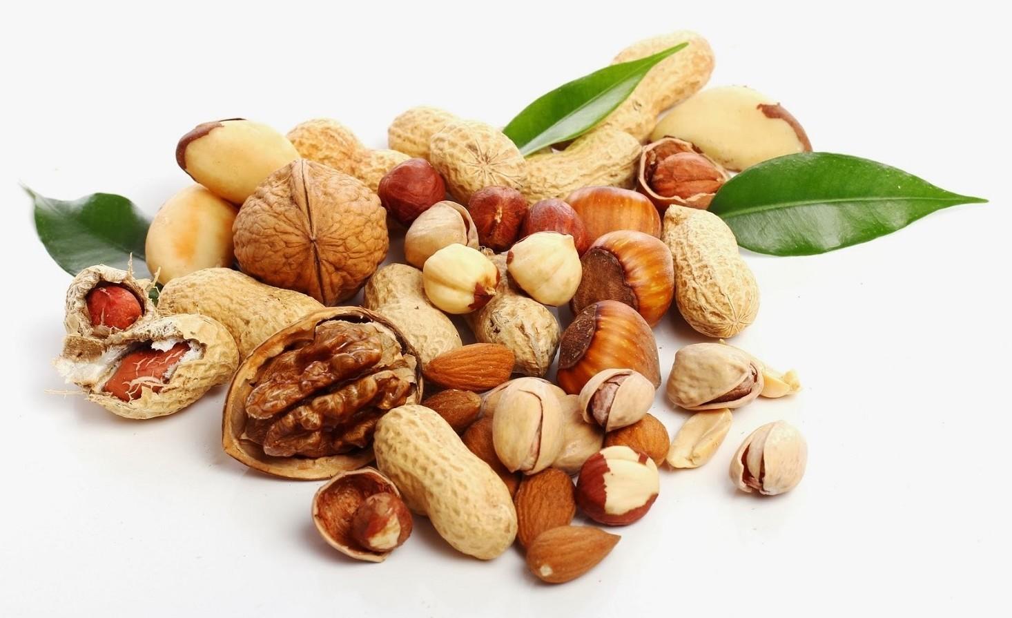 Frutta secca: molteplici benefici di una