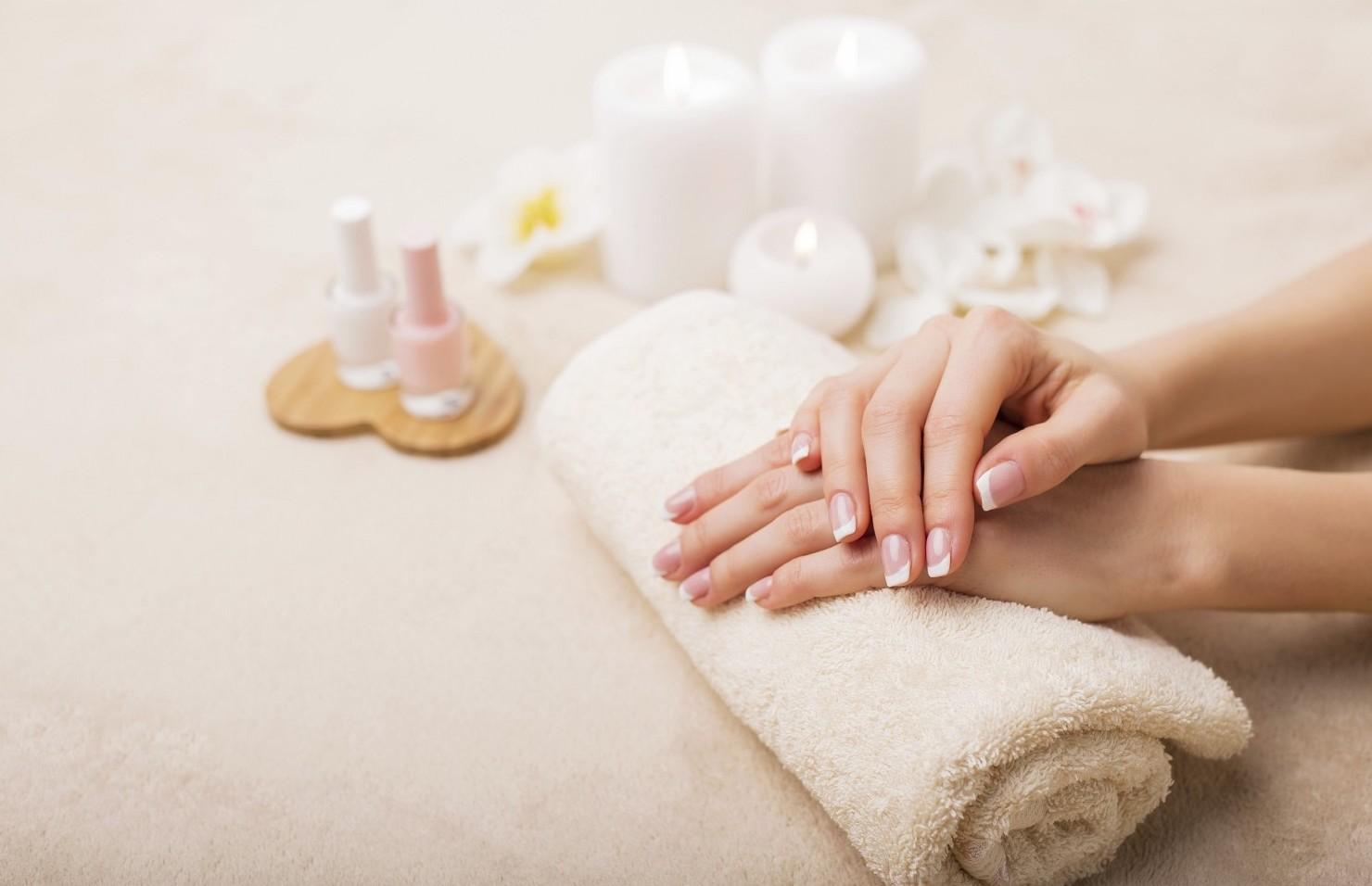 Manicure, si infettano tutte le dita e l