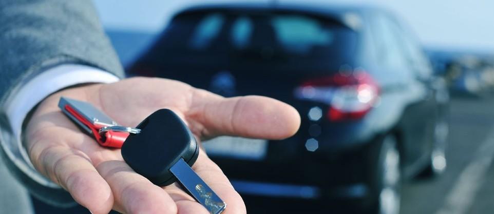 Noleggio auto lungo termine senza acquis