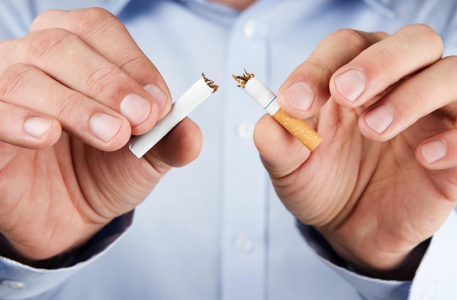 Smettere di fumare: due sistemi pagare i