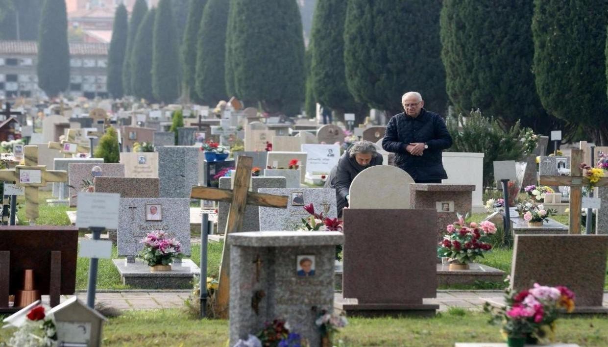Tassa su morti e funerali, caso unico so