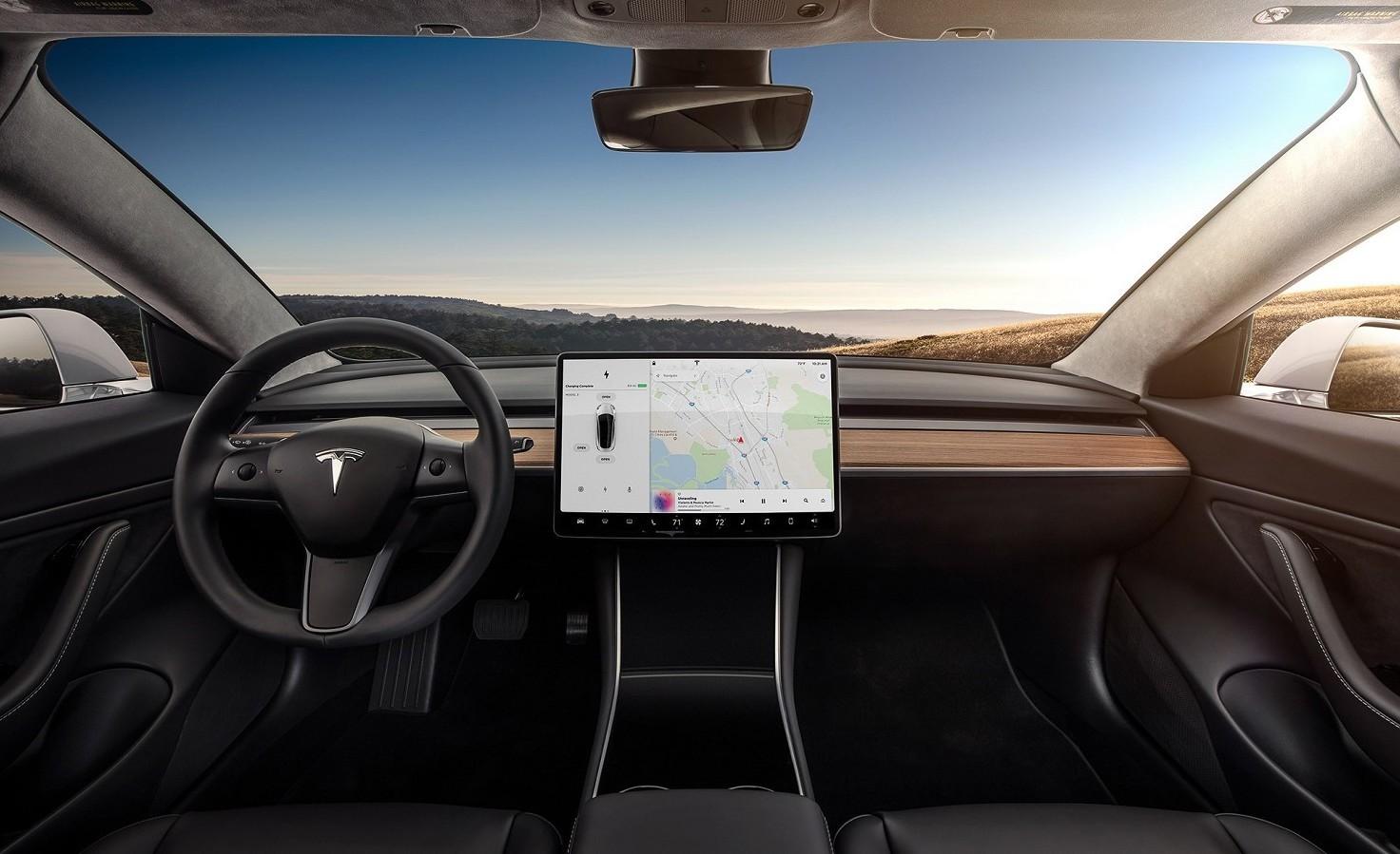 Tesla Model 3, compiuti 4500 Km in tempo