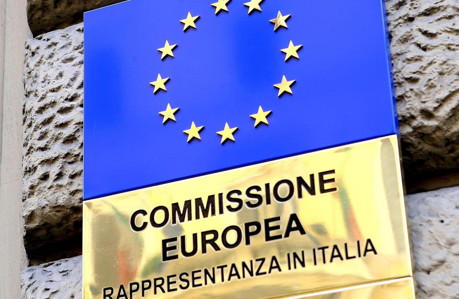 Ue, Commissione previsioni rallentamento
